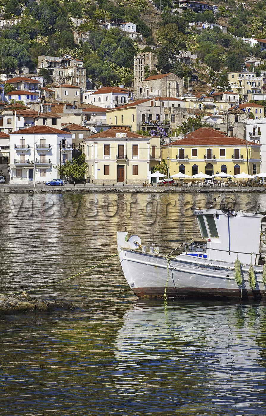 greece, peloponnese, githio, mani, greek, beach, shipwreck, travel, laconia, glyfada, architecture, gytheio, village, tower, mani, tainaron, Γύθειο, Μάνη, ακρωτήριο Ταίναρο, ναυάγιο