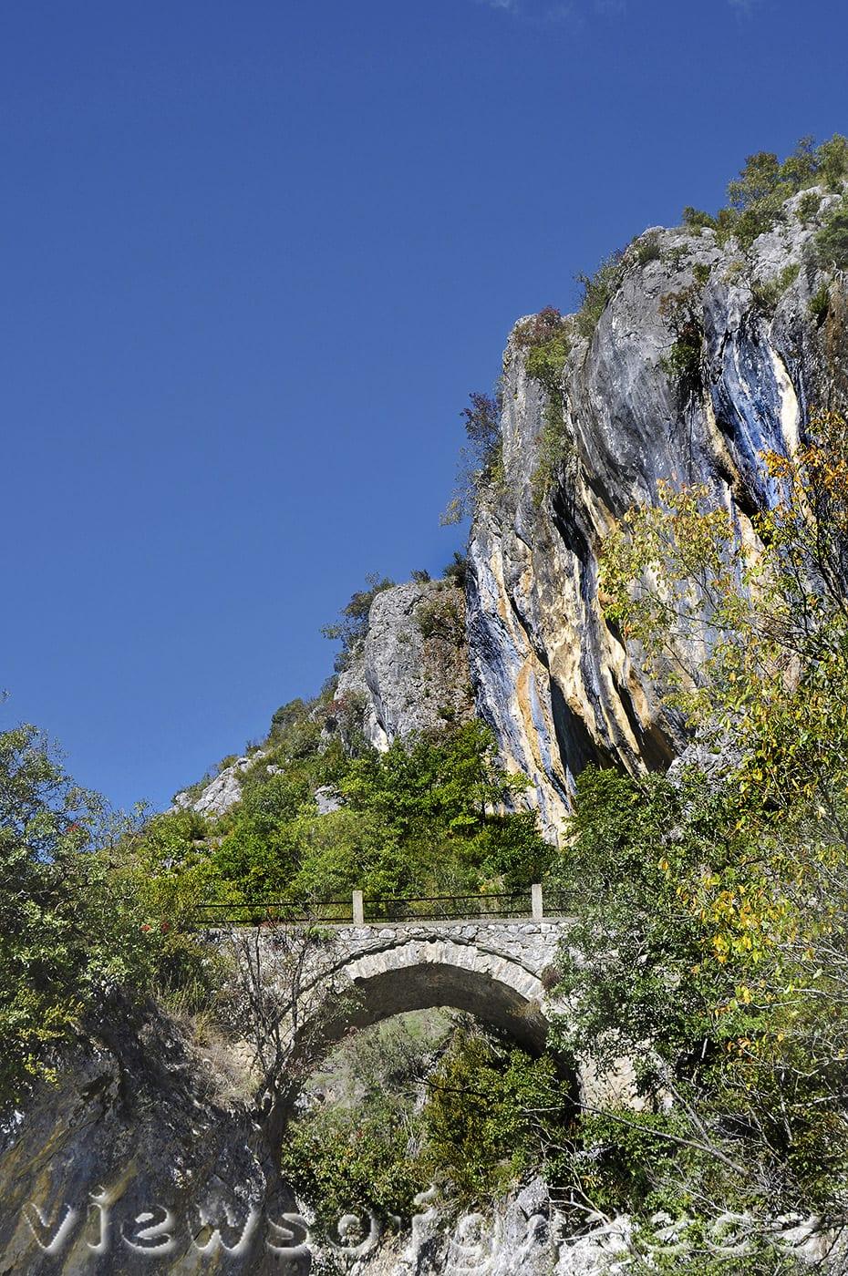greece, mountain, outdoor, nature, greek, canyon, pindos, gorge, river, pindus, trekking, Όρλιακας, Γρεβενά, εθνικό πάρκο πίνδου, γεφύρια, Αζίζ Αγά, Πορτίτσα, Σπήλαιο,