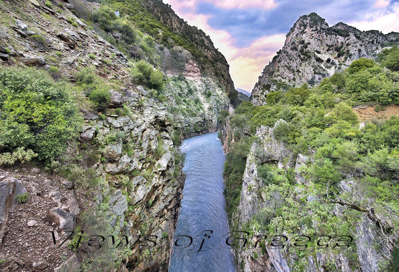 karpenisi, greece, evrytania, lake, landscape, mountains, outdoors, central greece, lake kremasta, river, river shore, bridge, γέφυρα Επισκοπής, λίμνη Κρεμαστών, Ευρυτανία, Άγραφα, Τρικεριώτης, Μέγδοβας, Αχελώος, γεφύρι Μανώλη, διαδρομές, rafting,