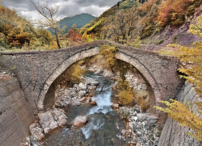 architecture, traditional, stone, river, bridge, Greece, πέτρινα γεφύρια, Ευρυτανία, γεφύρια, γεφύρι Βίνιανης, γεφύρι Αγράφων, Γεφύρι Βραγγιανών, Αγραφιώτης, γεφύρι Μανόλη,