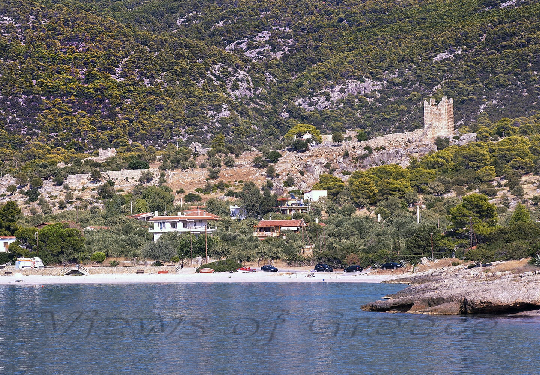 beach, greece, attica, porto germeno, ancient, historical, mountain Kithaironas, castle, historic, Melambodas, aigosterna, Αρχαία Αιγόσθενα, Πόρτο Γερμενό, Παραλίες, Κιθαιρώνας, Αρχαίο κάστρο Ελευθερών, όρος Κιθαιρώνας, Αττική, εκδρομές κοντά στην Αθήνα, παραλίες κοντά στην Αθήνα, Βίλια, Κορινθιακός κόλπος