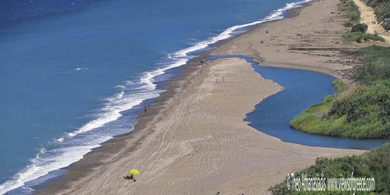 Η Κύμη και δεκατέσσερεις πελαγίσιες παραλίες!