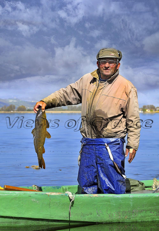 Νησί Παμβώτιδας, ο κυρ Θόδωρος και η ψαριά του