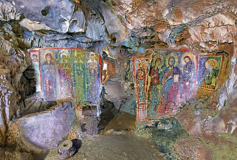 Kythira Κύθηρα. Το σπήλαιο της Αγίας Σοφίας στον Μυλοπόταμο